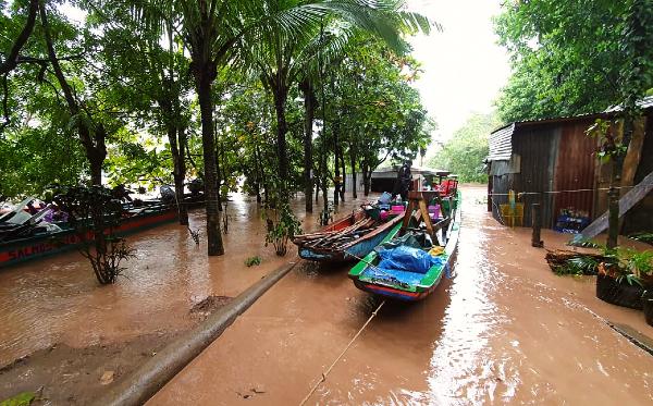 Überflutete Wege nach Hurrikan in Nicaragua