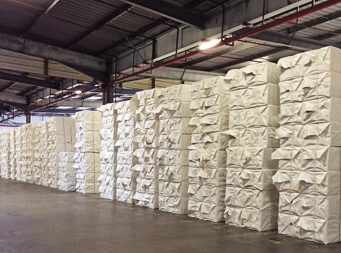 Diese quantitative Verlust am Papiermarkt an hochwertigen Recyclingfasern bleibt für niemanden in der Papier- und Druckereibranche folgenlos.