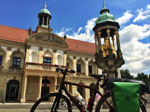 Das alte Rathaus und der Magdeburger Reiter