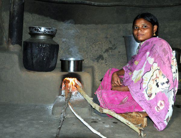 Energieeffiziente Kochstelle in Indien
